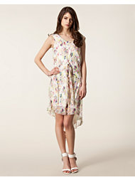 Anna Sui Bouquet Toss Print Dress