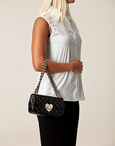 BAGS - MOSCHINO CHEAP & CHIC / MATELASSE HEART BAG - NELLY.COM