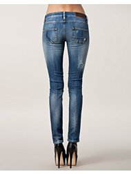 Rare Women New Sue Jeans