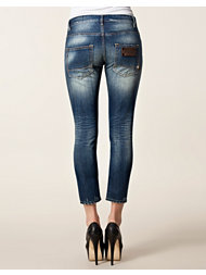 Rare Women New Catherine Jeans