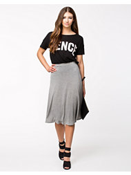 Club L Essentials Midi Swing Skirt