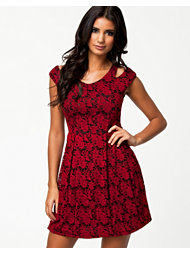 The Style Cold Shoulder Flower Dress