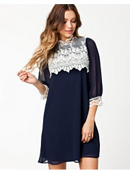 The Style Lace Chiffon Dress