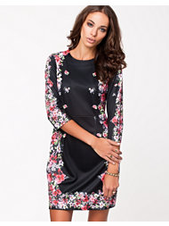 The Style Floral Frame Dress