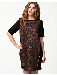 River Island Cara Leopard Tee Dress