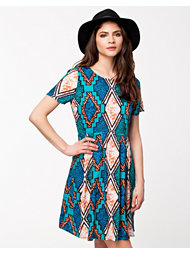 River Island Aztec T-hirt Dress