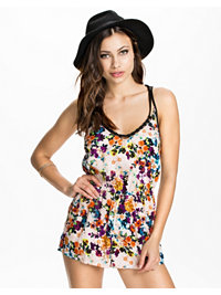 Jumpsuit, Floral Print Cami Playsuit, River Island - NELLY.COM
