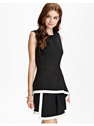 Alexander Mcqueen Roundneck Peplum Dress