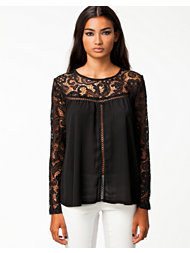 Notion 1.3 Elizabeth Blouse