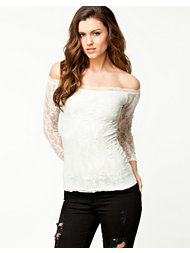 Notion 1.3 Off-Shoulder Lace Top