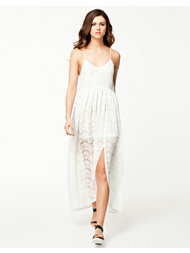 Notion 1.3 Little Lace Dress