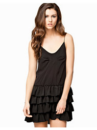 Notion 1.3 Loose Frill Dress