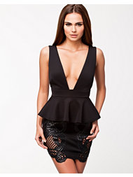 Notion 1.3 Decorated Peplum Dress