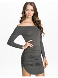 Notion 1.3 Drapy Long Sleeve Dress