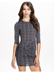 Notion 1.3 Printed Slim Dress