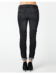 Noisy May Kim Loose Jeans