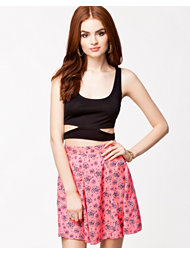 Noisy May Mali Cropped Tank Top