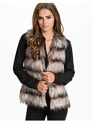 Unreal Fur Icebreak Vest