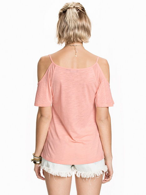 Shop for customizable Apricot clothing on Zazzle. Check out our t-shirts, polo shirts, hoodies, & more great items. Start browsing today!