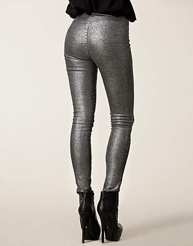 TROUSERS & SHORTS - STARS BY JONAS HALLBERG / ISABEL LEGGINGS - NELLY.COM