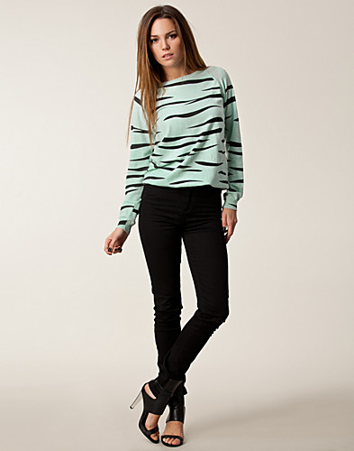 JUMPERS & CARDIGANS - GLITZY / NICOLE SWEATER - NELLY.COM