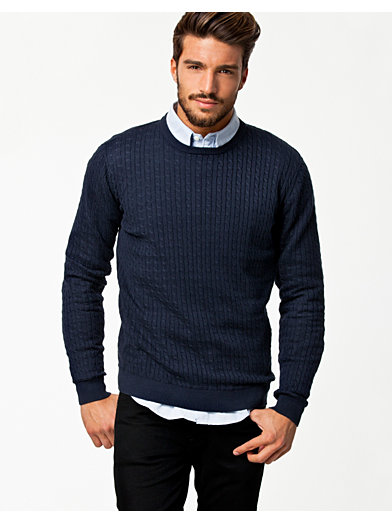 The jumper and shirt combo is a great way to create a more noticeable finish. If styled correctly this outfit is perfect for achieving a smart casual look. Just make sure you tuck your shirt collar under the sweater neckline, rather than displaying it openly.