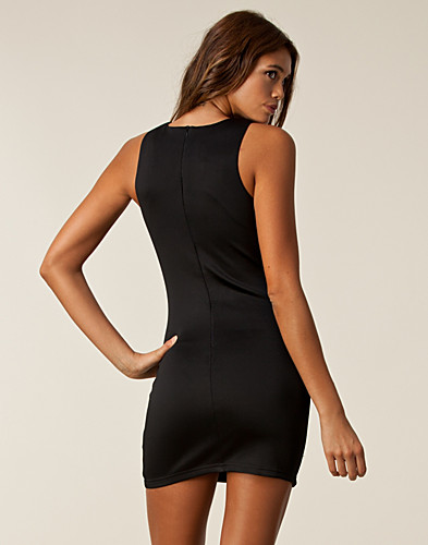 FESTKJOLER - AX PARIS / CUT IN BODYCON DRESS - NELLY.COM