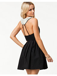 Te Amo Pearl Back Detail Dress