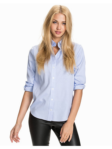 Cool Boyfriend Jeans Oversized Shirts And Metallic Oxfords (...and A Break From Everything Else ...