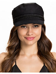 NLY Accessories Captain Hat