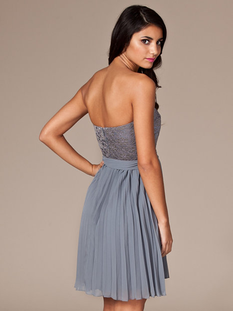Tacy Dress Nly Blush Grey Party Dresses Clothing