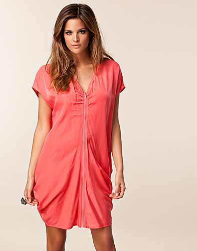 PARTY DRESSES - JEANE BLUSH / DANIELLA DRESS - NELLY.COM