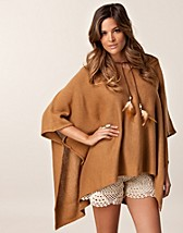STINA PONCHO SWEATER