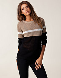 Jeane Blush - Stripe Knitted Sweater