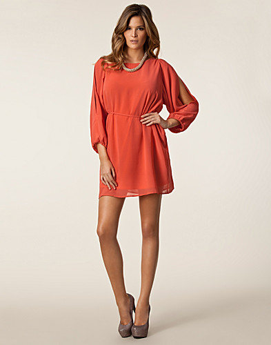 DRESSES - JEANE BLUSH / DEMI CHIFFON DRESS - NELLY.COM