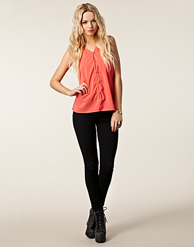 TOPS - JEANE BLUSH / JOY SLEEVELESS TOP - NELLY.COM