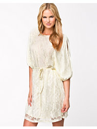Jeane Blush Dani Lace Dress