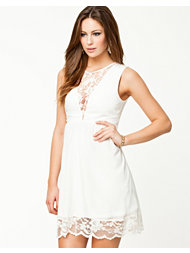 Jeane Blush Malin Dress