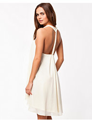 Jeane Blush Pearly Dress