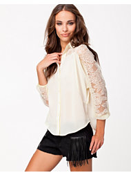 Jeane Blush Irina Blouse