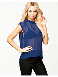Jeane Blush Tove Chiffon Top
