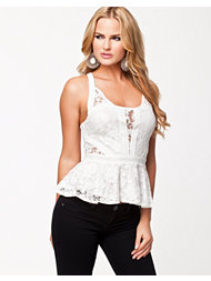 Jeane Blush Katy Lace Top