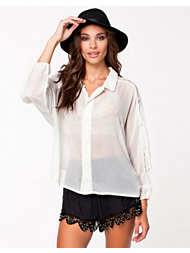 Jeane Blush Fiona Blouse
