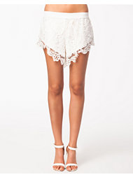 Jeane Blush Lace Shorts