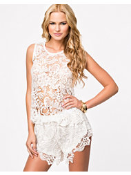 Jeane Blush Heavy Lace Top