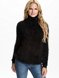 Jeane Blush Fluffy Turtle Sweater