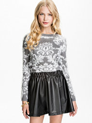 Jeane Blush Fluffy Jacquard Sweater