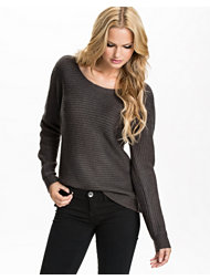 Jeane Blush Pinguin Sleeved Sweater