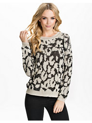 Jeane Blush Leo Knit Sweater