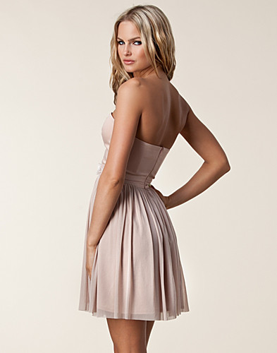 FESTKJOLER - ELISE RYAN / BANDEAU WAIST TRIM DRESS - NELLY.COM